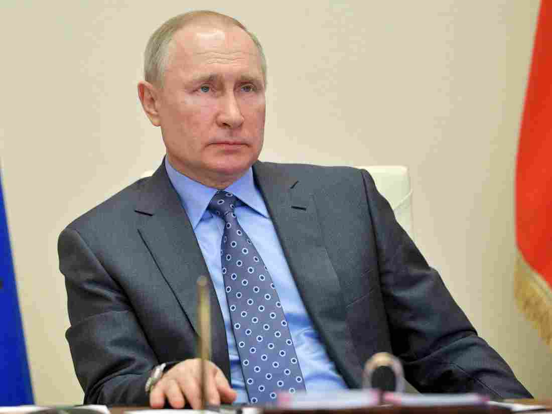 Putin Extends No-Work Order For Russia Until May Over COVID-19 Pandemic